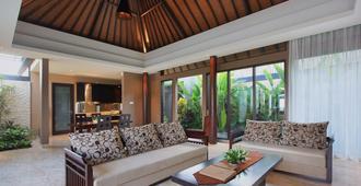 Ulu Segara Luxury Suites & Villas - South Kuta - Sala de estar