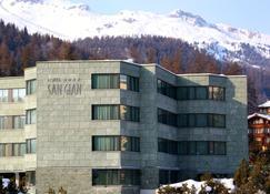Sport & Wellness Hotel San Gian St Moritz - St. Moritz - Building