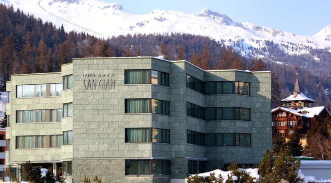 聖吉安酒店 - 聖莫里茲 - 聖莫里茨 - 建築