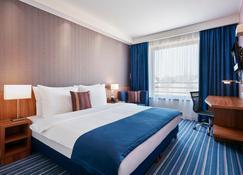 Holiday Inn Express Belgrade - City - Belgrade - Bedroom