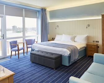 Trearddur Bay Hotel - Holyhead - Bedroom