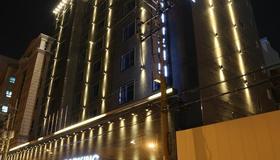 Le Idea Hotel Busan Station - Busan - Edifício