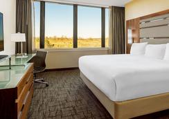 Valley Forge Casino Resort - King of Prussia - Bedroom