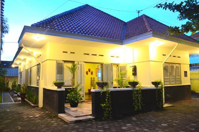 The Kresna Hotel - Yogyakarta - Edificio