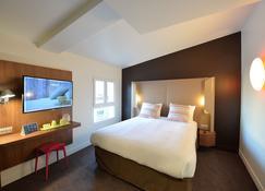 巴黎鐘樓 - 克利希中央酒店 - 克利希 - 臥室