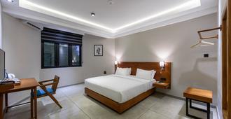 Fern Colombo - קולומבו - חדר שינה