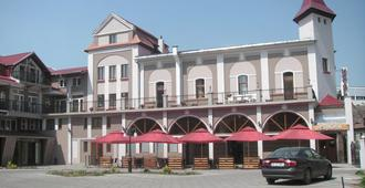 Hotel Apollo Hermannstadt - סיביו - בניין