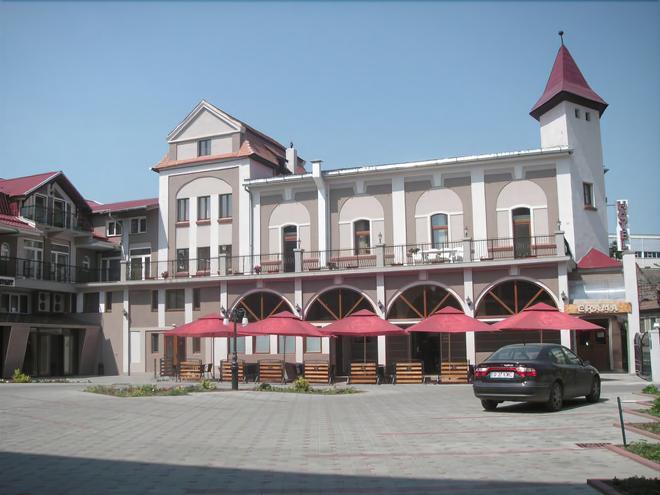 Hotel Apollo Hermannstadt - Sibiu - Rakennus