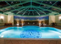 Hotel International - Σινάια - Πισίνα