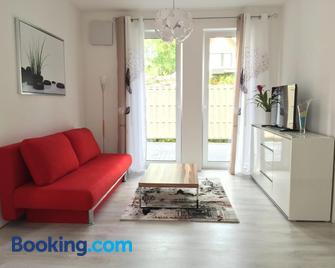 Comfort Apartment Oldenburg - Ольденбург - Living room