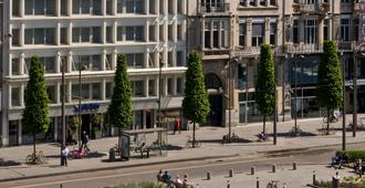 Park Inn by Radisson Antwerpen - Anvers - Bâtiment