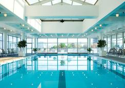 Hyatt Regency Cambridge - Cambridge - Piscina