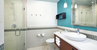 Hotel Indigo Asheville Downtown - Asheville - Phòng tắm