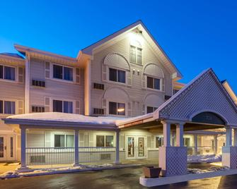 Country Inn & Suites by Radisson, Winnipeg, MB - Winnipeg - Gebäude