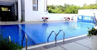 Purple Hotels Resorts - Auroville