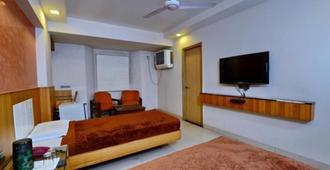 Hotel Shelter - Gwalior