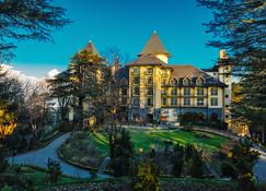 Wildflower Hall, An Oberoi Resort, Shimla - Shimla - Budynek