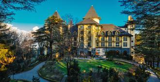 Wildflower Hall, An Oberoi Resort, Shimla - Shimla - Building