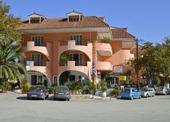Odysseus Palace - Πόρος (Κεφαλονιά) - Κτίριο