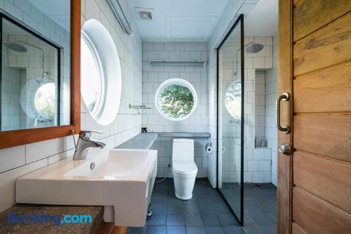 Pippali Hotel - Kampot - Phòng tắm