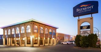 Baymont by Wyndham Medicine Hat - Medicine Hat - Building