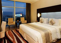 Holiday Villa Hotel & Residence City Centre Doha - Doha - Bedroom