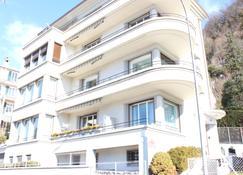 BnB Belalp - Montreux - Building