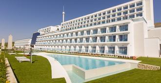 Grand Luxor Hotel - Terra Mitica Theme Park Tickets Included - Benidorm - Building