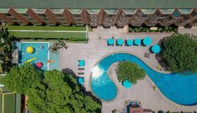 The Bayview Hotel Pattaya - Pattaya - Uima-allas