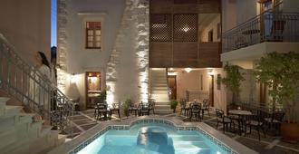 Palazzo Vecchio Exclusive Residence - Rethymno - Pool