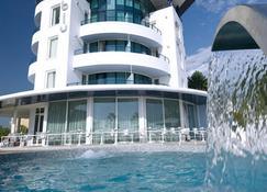 Blu Suite Hotel - Bellaria-Igea Marina - Building