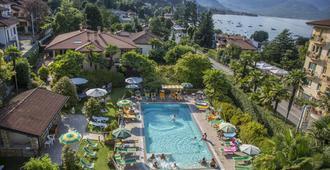 德拉托雷酒店 - 史翠沙 - 斯切薩 - 游泳池
