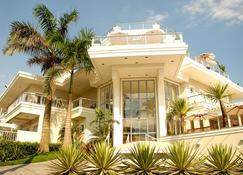 The Falls Hotel - Guarujá - Edificio