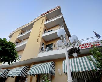 Hotel Adriana - Celle Ligure - Building