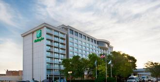 Holiday Inn Sioux Falls-City Centre - סו פולס