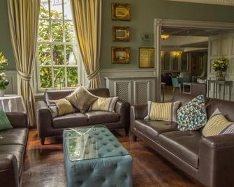 Bunratty Castle Hotel, BW Signature Collection - Bunratty - Вітальня