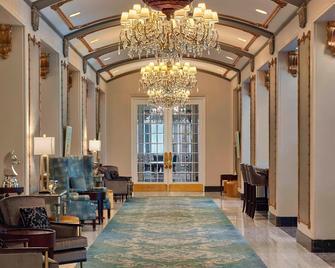 The Hotel Saskatchewan, Autograph Collection - Regina - Lobby