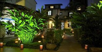 Hostel Cabo Frio - Кабу-Фриу - Вид снаружи