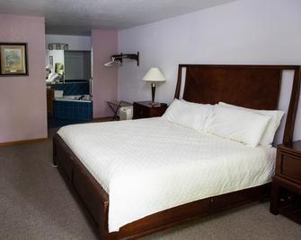 Basswood Resort - Platte City - Bedroom
