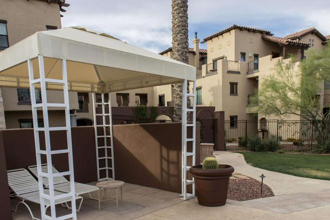 Bluegreen Vacations Cibola Vista Resort and Spa, an Ascend Resort - Peoria - Patio