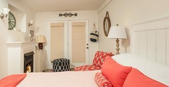 The Trellis House - Ogunquit - Bedroom