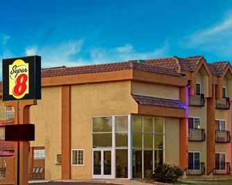 Super 8 by Wyndham Cypress Buena Park Area - Cypress - Building