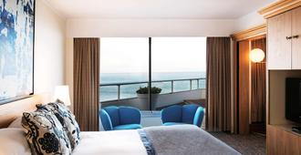 Sofitel Biarritz le Miramar Thalassa Sea & Spa - Biarritz - Bedroom