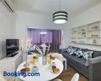 Ipm Apartments - Kastela - Wohnzimmer