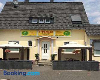 Motel Monteur - Castrop Rauxel - Gebouw