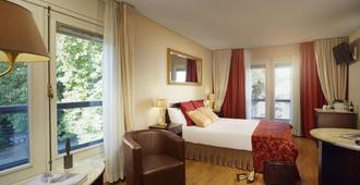 Grand Hotel Karel V - אוטרכט - חדר שינה