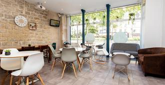 Le Regent Montmartre by Hiphophostels - Paris - Restoran