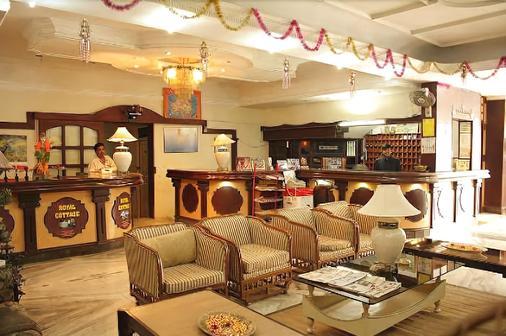 Raj Residency - Chennai - Bar