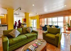 Heritage Hotel - St. John's - Living room