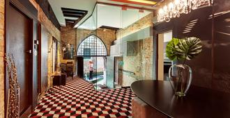 Charming House iQs - Venecia